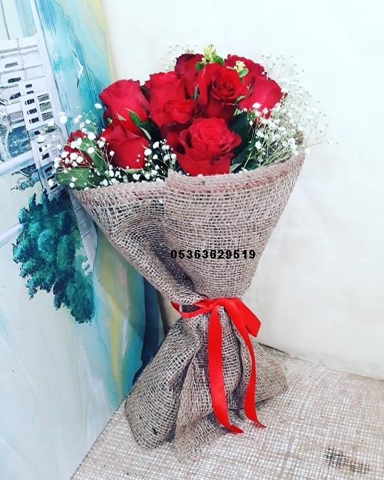 Aşkın Simgesi Güller