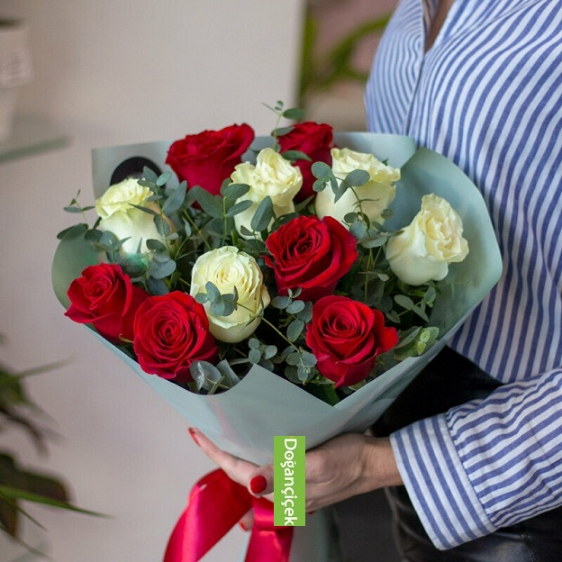 Mükemmelsin akbatı çiçek siparişi