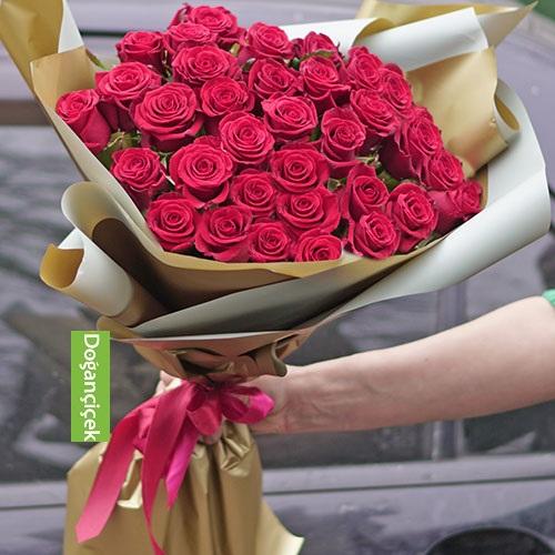Bahçeşehir 31 Kırmızı gül gönder