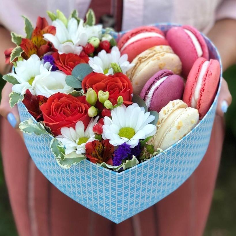Kalp kUTU çiçek Makaron
